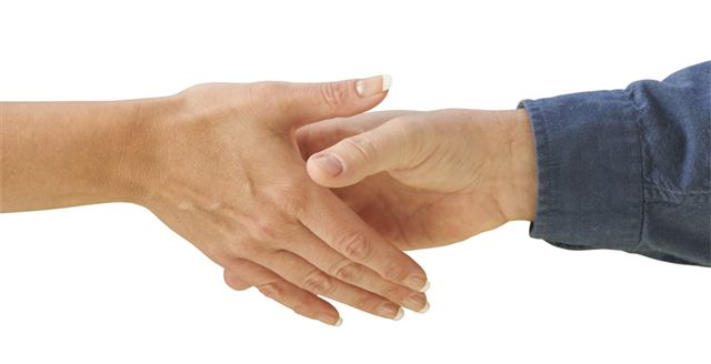 hand shake partnership
